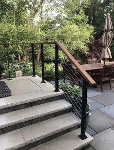 Deck Railing Ideas Discover Surface mount cable railing posts and components. Surface mount cable railing posts and components. Outdoor Stair Railing, Front Porch Railings, Modern Railing, Patio Stairs, Front Stairs, Exterior Stairs, Metal Railings, Modern Deck, Deck Railings