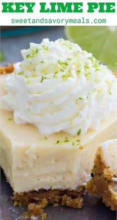 Homemade Key Lime Pie Recipe [VIDEO] – Sweet and Savory Meals Homemade Key Lime Pie recipe from scratch with lots of lime zest and fresh lime juice for a fresh citrusy flavor with the most amazing creamy texture. Key Lime Pie Recipe From Scratch, Key Lime Pie Recipe Video, Homemade Key Lime Pie Recipe, Recipe For Key Lime Cheesecake, No Bake Key Lime Pie Recipe, Creamy Key Lime Pie Recipe, Gluten Free Key Lime Pie, Key Lime Desserts, Easy Desserts