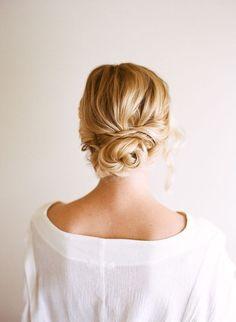 Easy And Beautiful DIY Low Bun Hairstyle - Weddingomania