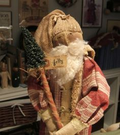flannel santa by Cindy Chavez Old World Christmas, Primitive Christmas, Father Christmas, Christmas Art, Simple Christmas, Vintage Christmas, Primitive Snowmen, Primitive Crafts, Primitive Doll Patterns