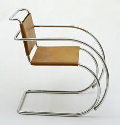 Ludwig Mies van der Rohe. MR Armchair. 1927