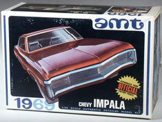 1969 Chevrolet Impala Sportcoupe Modelkit by AMT (Acronym for Aluminium Model Toy) Model Building Kits, Model Cars Kits, Kit Cars, Car Kits, Vintage Models, Old Models, Vintage Cars, Custom Pickup Trucks, Chevy Models
