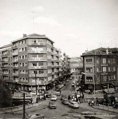 Barreras del ferrocarril de la antigua estación de Las Arenas, 1973 (ref. 03400)