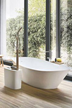 Une salle de bains sobre mais efficace par son originalité