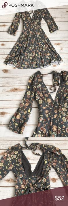 """Free People dress Floral open back dress with beautiful """"twirly"""" skirt. Deep v neck. Size small but would fit an xs as well. Cotton,super comfy, and sure to get you a lot of compliments 💕 Free People Dresses Mini"""