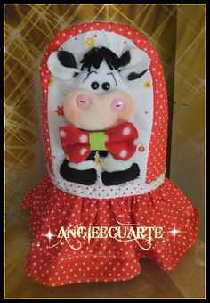 Shakira, Ideas Para, Cow, Quilts, Christmas Ornaments, Sewing, Holiday Decor, Crafts, Home Decor