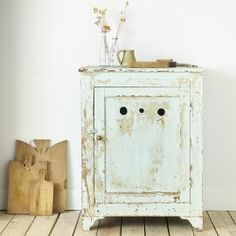 Metal advertising board - DESUET : Brocante et objet Nightstand, Table, Inspiration, Furniture, Home Decor, Painted Wood, Svelte Sage, Biblical Inspiration, Decoration Home