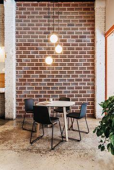 Zenith Interiors: Lottus Square Table