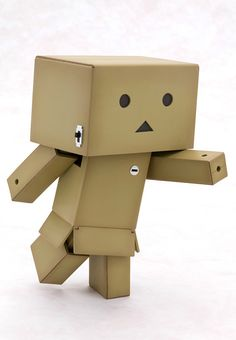 This figure features Danboard (also known as CardBo or Danbo among others), an iconic character from the popular, long-running series Yotsuba&!. In order to thoroughly reproduce the character's charming movements, it was furnished with joints everywhere, allowing for a large number of positions including sitting, running, or anything else you like. The light of the eyes and the on/off switch on th...