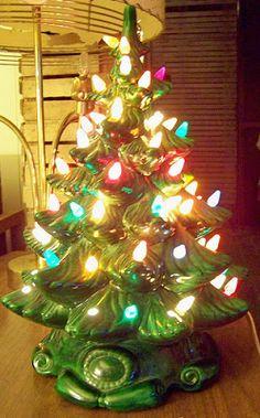 Vintage Ceramic Christmas Xmas Holiday Tree with Plastic Bulbs. Christmas Past, All Things Christmas, Vintage Christmas, Christmas Holidays, Christmas Crafts, Christmas Decorations, Holiday Decorating, Christmas Classics, Christmas China