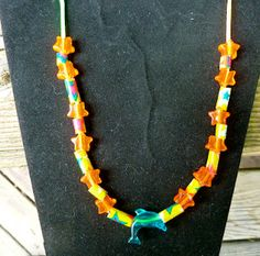 Make it easy crafts: Kid's Craft—Easy Summer beaded necklace