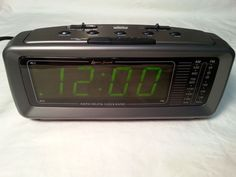 Lenoxx sound AM/FM Dual Alarm Clock Radio Model in Good Working Condition Digital Clock Radio, Radio Alarm Clock, Dream Machine, Consumer Electronics, Hate, Home And Garden, Model, Ebay, Vintage