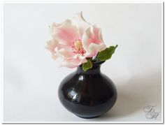 Magnolia from polymer clay. Tutorial