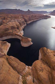 Forbidding Canyon Inlet. Glen Canyon NRA, Lake Powell, Utah/Arizona