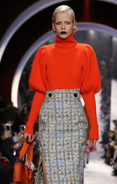 Le pull à manche bouffante (2) Dior