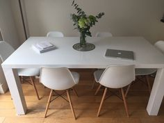50+ White Gloss Dining Table and Chairs - Modern Furniture Cheap Check more at http://www.ezeebreathe.com/white-gloss-dining-table-and-chairs/