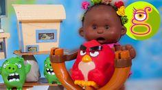 La bebé Luci y Martina juegan con los Angry Birds - Capítulo #29 - juguetes
