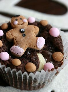 gingerbreadman cupcake