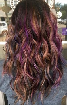 Peanut Butter And Jelly Hair Is The Ultimate Fall Trend You'll Need So Bad.   Who would have thought that our favorite and delicious childhood treat would become the inspiration of one of the most gorgeous color hair trends out there?  Violet, purple, and caramel tones balayage ideas for fall.