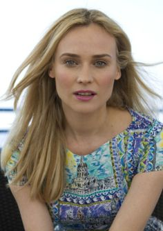 Diane Kruger Kimberly Williams, Diane Kruger, Charlize Theron, Hollywood Celebrities, Girl Crushes, Most Beautiful Women, Pretty Face, Fashion Models, Dramatic Classic