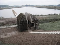 Concrete bunker cut in half. Bunker Culemborg, The Netherlands. RAAAF and Atelier de Lyon. Architecture Design, Contemporary Architecture, Landscape Architecture, Landscape Design, Installation Architecture, Bunker, Utrecht, Lyon, World