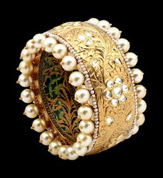 Sunita Shekhawat Jewelry  inspired by the Moghul era and Rajasthani gharanas, her creations are exclusive set in kundan, meena, jadau, polki diamonds and precious stones like emeralds and rubies, meant for the Indian brides who want the Royal look.