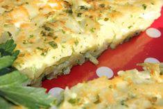 Une omelette de pâtes, ça fait bizarre à lire non ? et pourtant c'est un pur délice dont le goût et la consistance ressemblent au sou-beurek. Franchement la meilleure omelette que je connaisse ; même la merveilleuse tortilla aux pommes de terre des espagnols... Ale, Omelette, Tortilla, Quiche, Sandwiches, Breakfast, Bizarre, Food, Cheap Kitchen