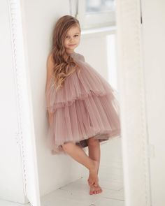 Minimalist dress for girls with two tiers of tulle in three image 2 Stylish Dresses For Girls, Little Girl Dresses, Girls Dresses, Fashion Kids, Girl Fashion, School Dance Dresses, Robes Tutu, Girls Black Dress, Kids Gown