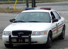 Columbus, Ohio Police cruiser - Crown Vic with Code 3 21TR lightbar