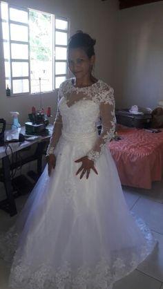 2019 New Detachable Train Princess Vestido De Noiva Lace Appliques Pearls Bridal  Gowns 2 in 1 Ball Gown Wedding Dresses 5c3117047ebf