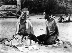 Sandra Dee & James Darren in Gidget (1959).
