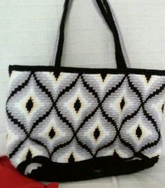 Tapestry Bag, Tapestry Crochet, Knit Crochet, Boho Bags, Bargello, Knitting Accessories, Knitted Bags, Yarn Crafts, Purses And Bags