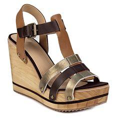 Πλατφόρμες με λεπτομέρειες σε γήινα χρώματα - Γυναικείες πλατφόρμες με γήινους χρωματικούς συνδυασμούς του οίκου Gioseppo. Το πιο άνετο και στιλάτο παπούτσι για αυτό το καλοκαίρι... Sandals, Shoes, Fashion, Moda, Shoes Sandals, Zapatos, Shoes Outlet, Fashion Styles, Shoe