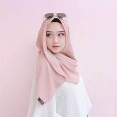 New Fashion Hijab Casual Bebe 17 Ideas Beautiful Hijab Girl, Beautiful Muslim Women, Casual Hijab Outfit, Hijab Chic, Hijabi Girl, Girl Hijab, Modern Hijab Fashion, Muslim Fashion, Hijab Gown