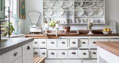 Scandinavian Country Style - Norwegian country kitchen storage idea