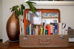 As diversas formas de decorar com livros e revistas!