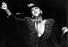 A Phyllis Hyman Performing Moment | MommyNoire