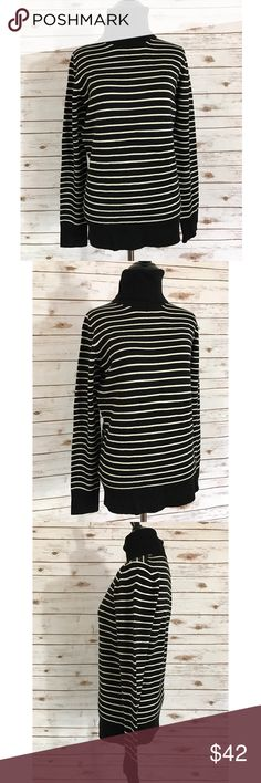 French connection striped turtleneck sweater Size large, in excellent pre owned condition, no flaws! Length-26 Bust-19 ::435 ***Please note: All devices are different and may show colors differently from one device to another. I try my best to describe colors as accurately as possible. All photos are taken with an iPhone. French Connection Sweaters