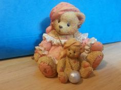 Cherished Teddies  Collectible  Carrie   1995