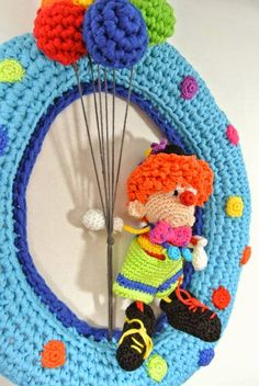 Haakpret Crochet Toys Patterns, Stuffed Toys Patterns, Crochet Dolls, Crochet Wall Art, Mobiles, Crochet Garland, Easter Crochet, Home And Deco, Diy Wreath