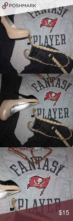 0095bb32cb567 VS Pink Fantasy Player Tampa Bay Buccaneers Tee This fantasy player top is  so cute! Wear to the next Buccaneers game with the boys or with jeans and  heels ...