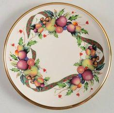 Lenox, Holiday Tartan - Page 1 Christmas Dinner Plates, Christmas China, Pip Studio, Booth Design, Carnival Glass, China Dinnerware, Fine China, Tartan, Decorative Plates