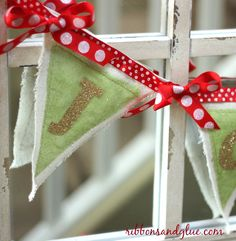DIY Christmas Drop Cloth Banner made a Silhouette and heat transfer