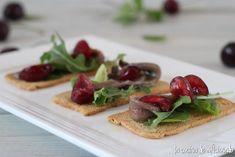 la cocina de aficionado: Tosta de anchoa y cereza