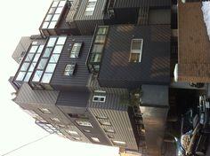 9세대 공동주택 한동인데 각 실내평면과 건물외관이 모두 다릅니다.