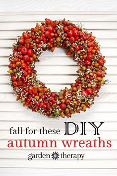 A Bounty of DIY Fall Wreaths- Making wreaths from fresh garden greenery is an easy project that adds style and (often) fragrance to your front door. Here are some of our favorite autumn-inspired DIY wreaths to adorn your door this fall. Diy Fall Wreath, Autumn Wreaths, Fall Diy, Christmas Wreaths, Wreath Ideas, Xmas, Corona Floral, Hydrangea Wreath, Autumn Crafts