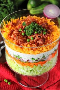 When feeding a crowd, we all love to have a few tricks up our sleeve to make preparation easier, right? Make-Ahead Layered Salad is one of my favorite feed-a-crowd tricks! With make-ahead convenience and fabulous flavor, it's perfect for all those summer cookouts and get-togethers.