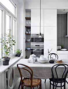 Kardashian Home Interior .Kardashian Home Interior Kitchen Dinning, Home Decor Kitchen, Kitchen Interior, Home Kitchens, Kitchen Design, Kitchen Ideas, Kitchen Decorations, Big Kitchen, Kitchen Trends