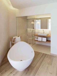 salle de bain façon spa avec baignoire moderne