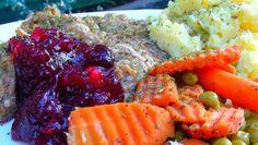 Lyndsay The Kitchen Witch: Stuffed Boneless Turkey with Cranberry Gravy